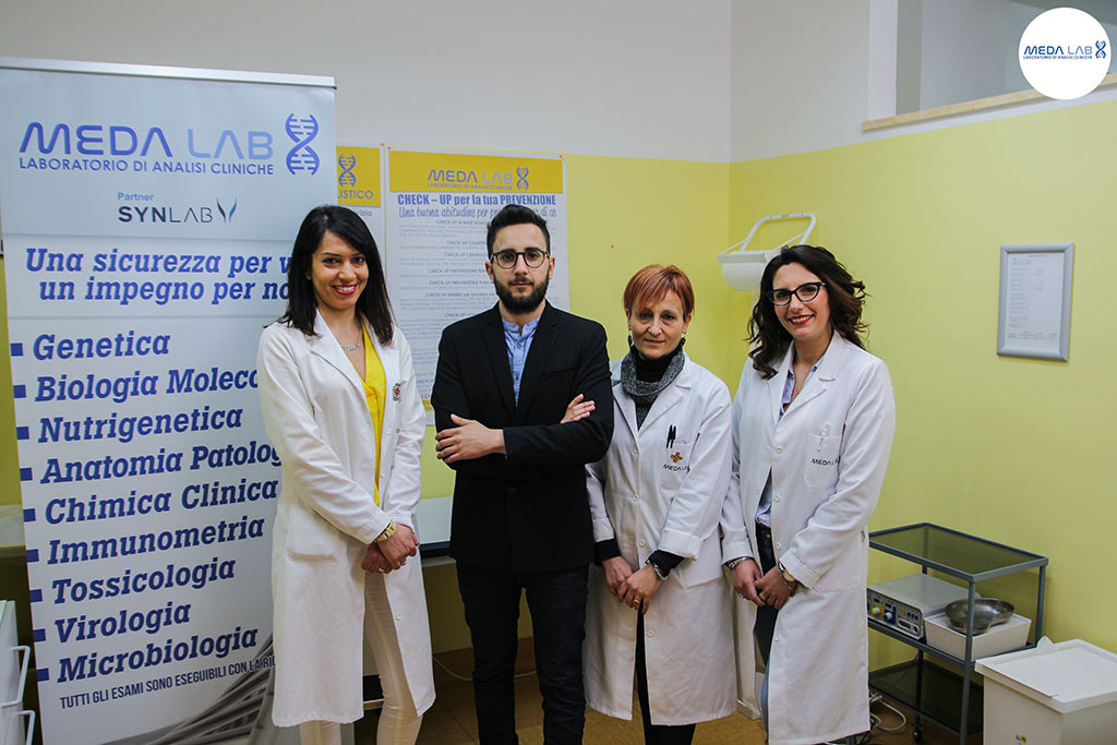 //www.laboratoriomedalab.it/wp-content/uploads/2018/06/Staff-MedaLab-laboratorio-analisi-cellole-sessa-aurunca-baia-domitia.jpg